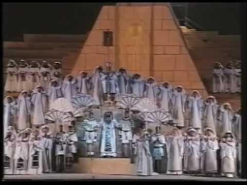 Giuseppe Verdi: Aida (Temple of Hatshepsut, Egypt 1994)