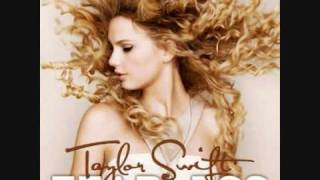 Taylor Swift  - Fifteen Instrumental (Lyrics on Screen)