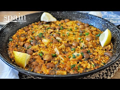 Spanish Vegan Paella with Portobello Mushrooms & Roasted Garlic
