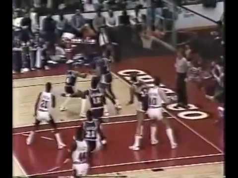 Orlando Woolridge (30 points) vs Lakers (1985)