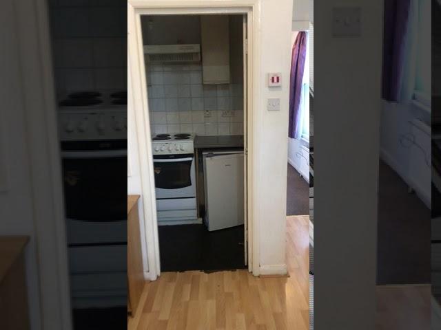 Very Spacious Studio Flat, Maida Vale Main Photo