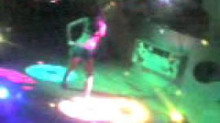 Video En el The Roof download MP3, 3GP, MP4, WEBM, AVI, FLV Desember 2017
