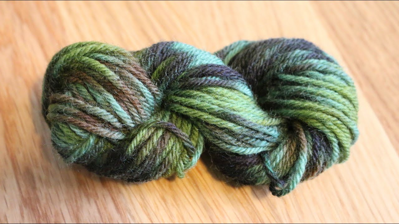Overdyeing Commercially Dyed Yarn with Food Coloring - YouTube