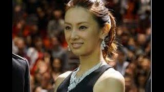 明治大学出身で留学経験もある北川景子さんのシンガポールでの謎ディの...