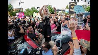 American Idol finalist Gabby Barrett performs in Pittsburgh