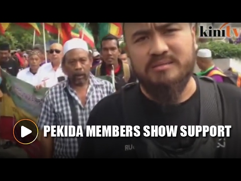 Pekida members show up to support PAS' Act 355 rally