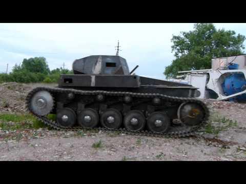 Первый пробный выезд немецкого танка PZ II Aust F часть 1