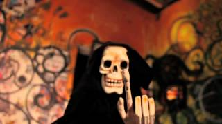 Beardyman Vs. Doorly - Vampire Skank (Official Video)