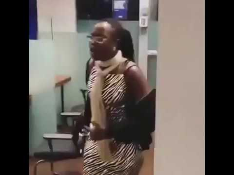 Nigerian Woman threatens to beat up Bank Cashier In Uk as she demands for her money