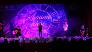 Tình yêu màu nắng - CLB guitar Đh Phương Đông ( Guitar concert Khoảnh Khắc 2015 )