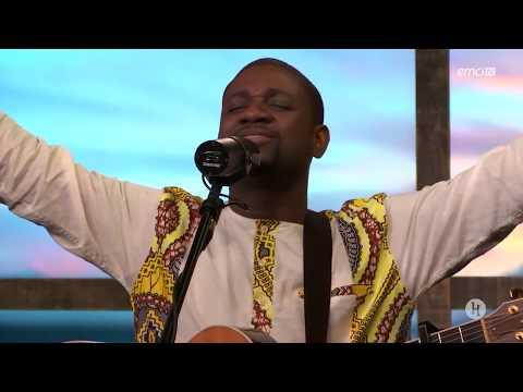 Je Crie à Toi - Athom's & Nadège Mbuma -  Live  à Emci Tv