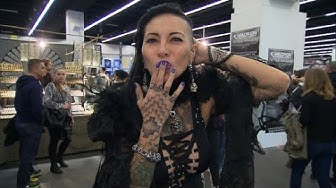 Schön und schmerzhaft: Deutschlands größte Tattoo-Messe
