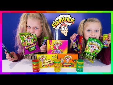 Extreme Sour Candy Callenge Toxic Waste vs Warhead Challenge Smoothie | Hannah and Jessica