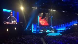 Ariana Grande & Babyface sing the most insane duet