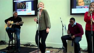 "Natasha Bedingfield performing ""Weightless"" at YouTube HQ"