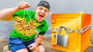 FOUND 1,000 KEYS For MYSTERY SAFE!