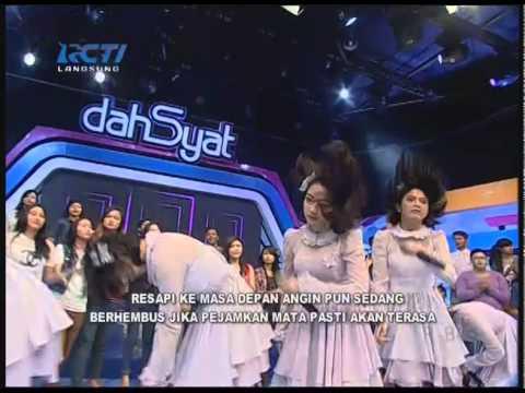 JKT48 - Angin Sedang Berhembus @ dahsyat 15-2-2015