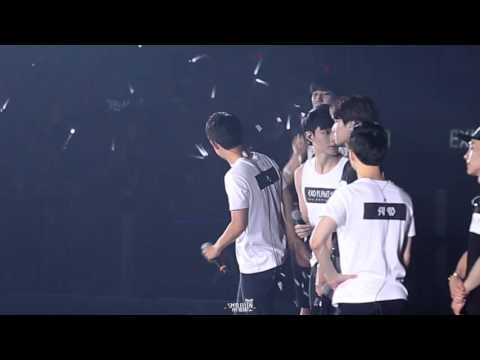 [smilellen]150816 The EXO'luXion in HongKong flower 도경수/디오/D.O. focus