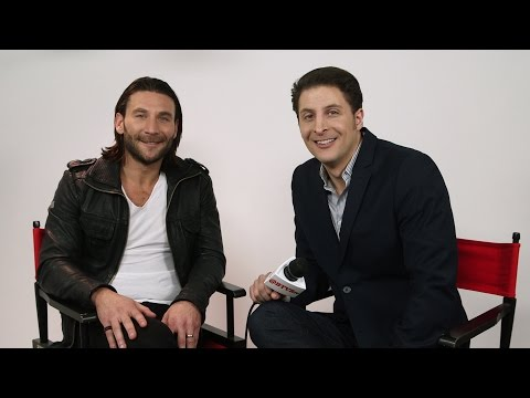 "Zach McGowan Talks ""Black Sails"" Season 3 Behind The Velvet Rope with Arthur Kade"