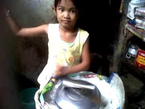 Anak Umur 5 Tahun Membuat Es Cream.3GP