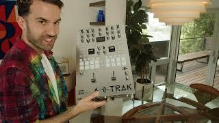 RANE SEVENTY A-TRAK SIGNATURE EDITION DJ MIXER - Unboxing