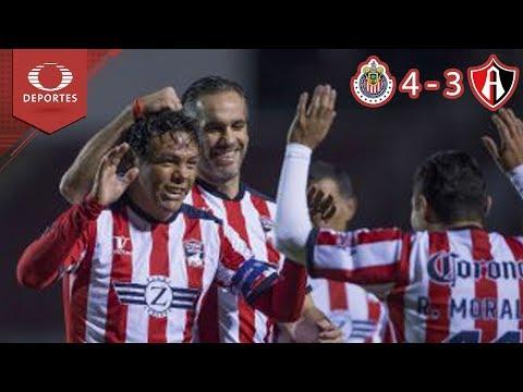 Apoyo a 'Zully' Ledesma | Chivas 4 - 3 Atlas | Juego de Leyendas | Televisa Deportes