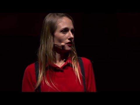 Comment je suis devenue féministe freelance | Eloise Bouton | TEDxChampsElyseesWomen