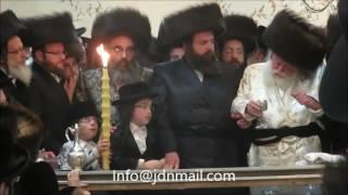Toldos Avrohom Yitschok Rebbe Making Havdalah In Monsey - Tammuz 5777