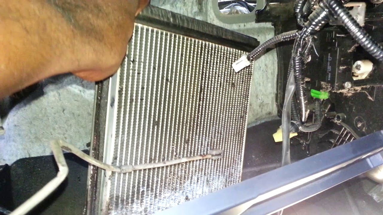 2018 Honda Accord >> 2007 honda crv evaporator core removal. - YouTube