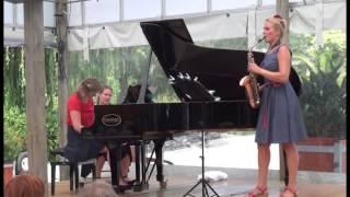 Eva van Grinsven & Helena Basilova: Sonata in C# by Fernande Decruck