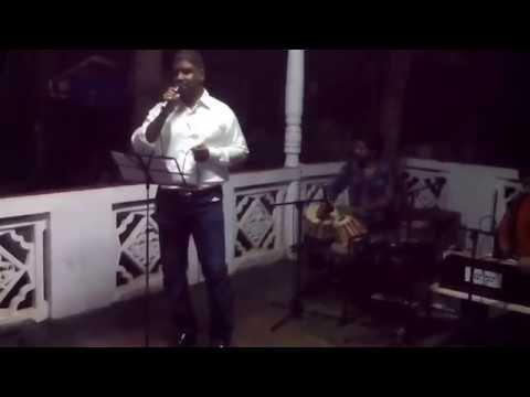 La Dalu Bopath - NOW singing Aziz Mohammed (Sri Lanka) ......