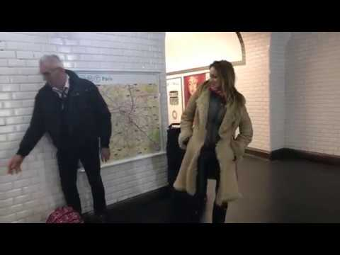 Live Opera Singing in the Metro - Verdi