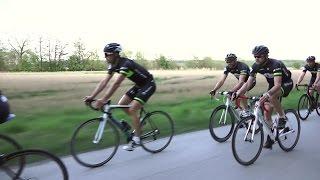 Att cykla i en landsvägsklunga