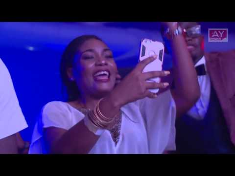 DAVIDO CROWDED AS HE PERFORMS FALL AND IF