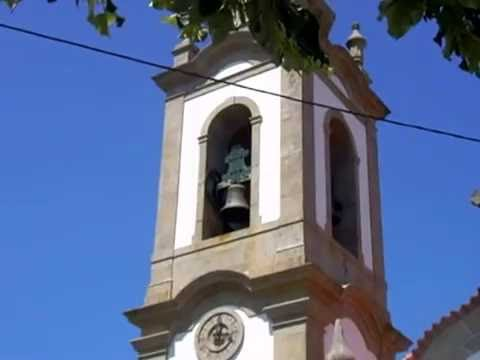 Sinos da Igreja de Vila Nova de Sande às 3h da Tarde - Guimarães