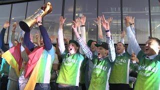 """""""Žalgiris"""" krepšininkai pergalę šventė kartu su sirgaliais"""