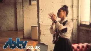 "Lianne La Havas | ""Is Your Love Big Enough?"" - A64 [S5.EP31]: SBTV"