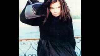 Björk - Mouth's Cradle ALBUM VERSION
