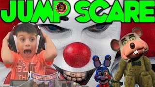 SCARY CLOWN Five Nights at Freddy's in Chuck E Cheese JUMP SCARE Jayden plays ROBLOX CEC FNAF