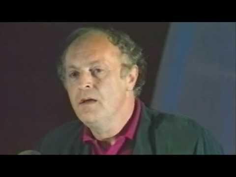 """Joseph Brodsky Recites """"Nature Morte"""" / Иосиф Бродский, """"Натюрморт"""" 1989 (subtitled)"""