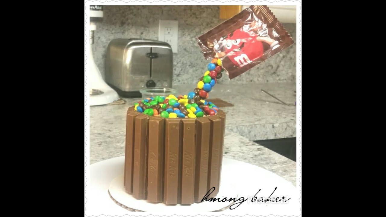Mini Kit Kat M Amp M Optical Illusion Cake Cake Decorating