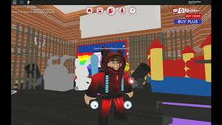 playing alot of games in 1 video | ROBLOX
