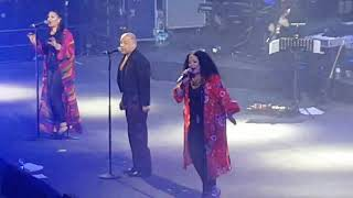 Native New Yorker - Odyssey - Live at Wembley Arena