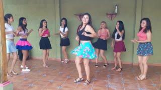 Chicas Bailando (DAME TU COSITA)