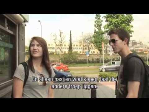 Wietpas: Illegaal drugs op straat kopen in Venlo (verborgen camera)