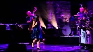 nikki yanofsky - the way you look tonight - By Zeca Linhares