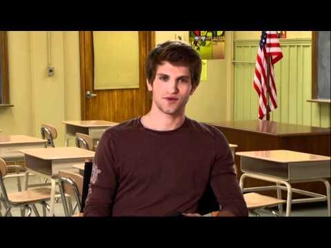 Pretty Little Liars  Ask Keegan Allen