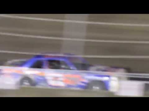 MVI 1023    CORN-HUSKER CLASSIC I 80 SPEEDWAY HOBBY STOCK FEATURE 10/8/2016