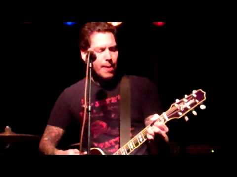 Mike Herrera - My Life Story Acoustic Sesh at Manette