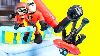 Disney Pixar Incredibles 2 Toy Review With Mr. Incredible And Hydroliner Playset